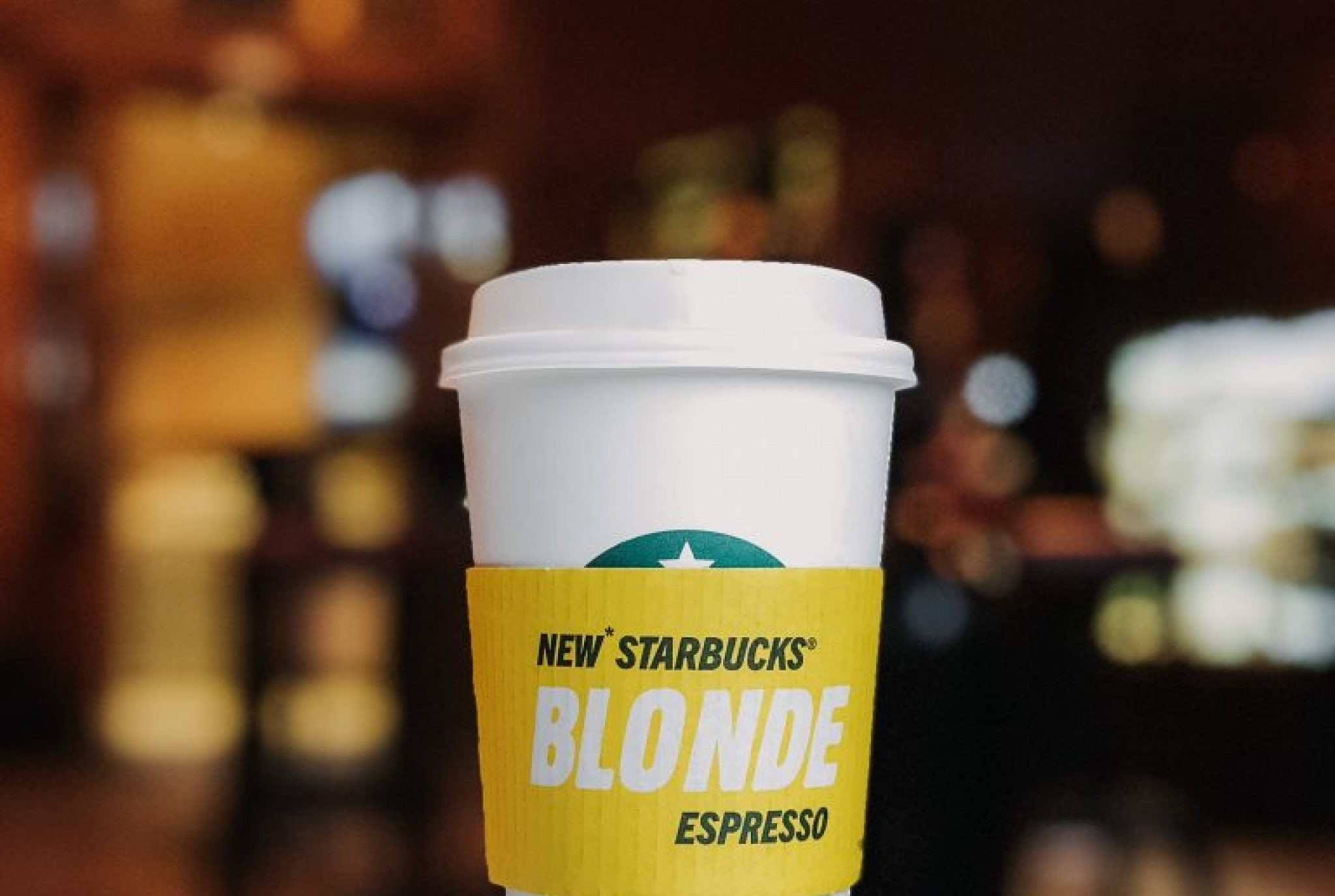 "Starbucks goes ""Blonde"""